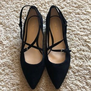 Suede Nine West flats. Perfect condition!